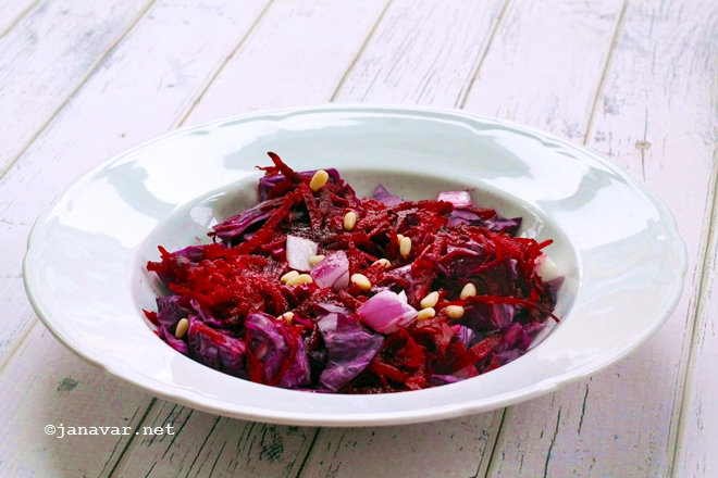 Recipe: Healthy red winter salad